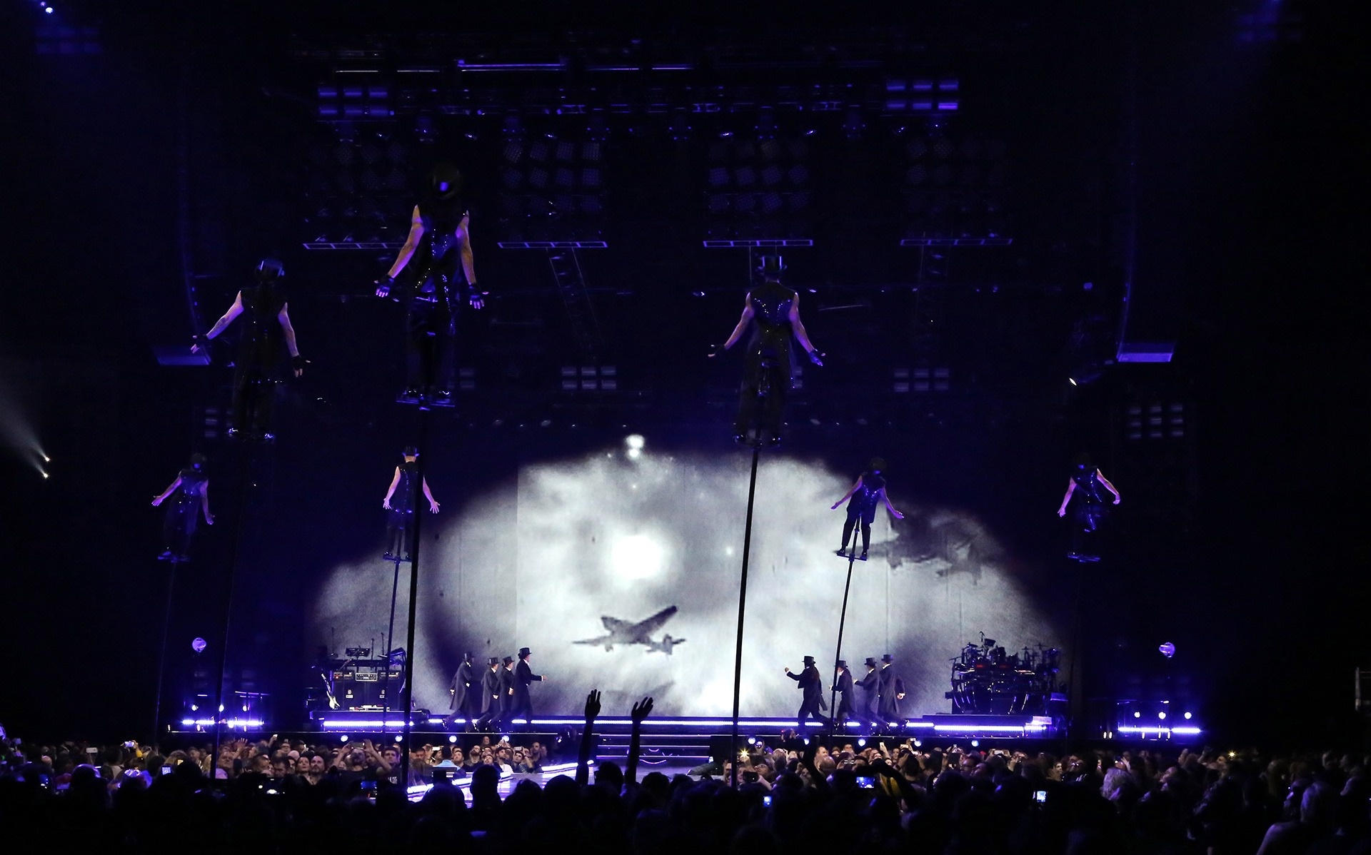 Madonna, Rebel Heart Tour: Client – TPi Magazine